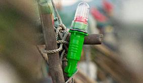 What do you need to consider before fishing kayaking for LED lure lamps?